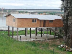 Brvnara--drvena-kuca-do-100-m2-sa-cenom-na-Savi-hrast petkovic