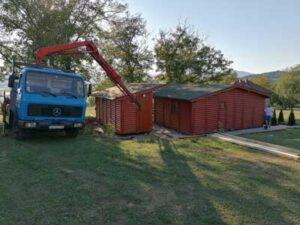 mobilna brvnara u Izgradjena u Kragujevcu sa cenama rok isporuke 5 dana na teritorij Srbije, Hrast Petkovic brvnare Srbija