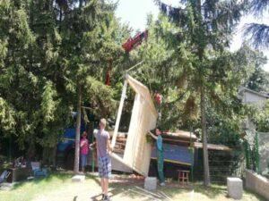 Izgradjena tipska montazna brvnara-vikendica  od poluoblica do 25m2, rok isporuke od 5 dana