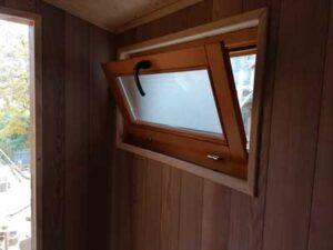 Montazna drvena brvnara do 50m2 Hrast Petkovic najjeftinija cena izrade i montaže tipskih brvnara